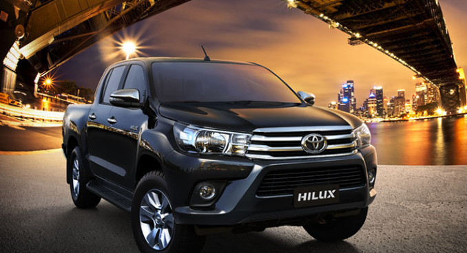 Giá xe Toyota Hilux 2.4E 4x2 AT 2019