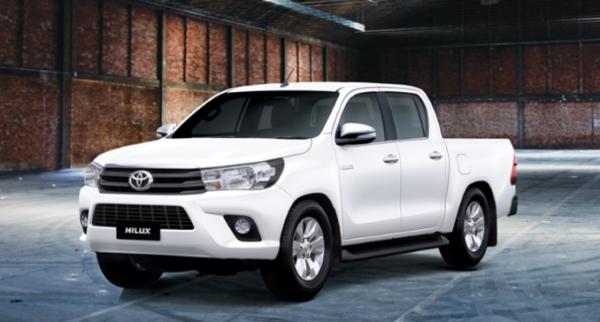 Giá xe Toyota Hilux 2.4G 4×4 MT 2019