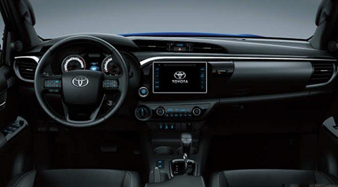 Nội thất Toyota Hilux 2020